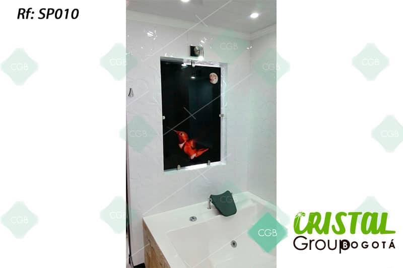 Salpicadero-en-vidrio-con-impresion-digital-para-baño2