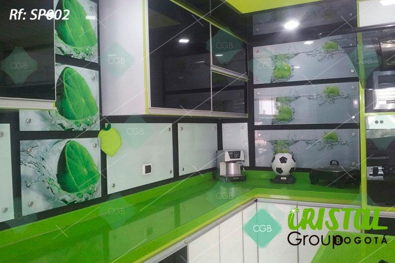 Salpicadero-en-vidrio-con-impresion-para-cocina3