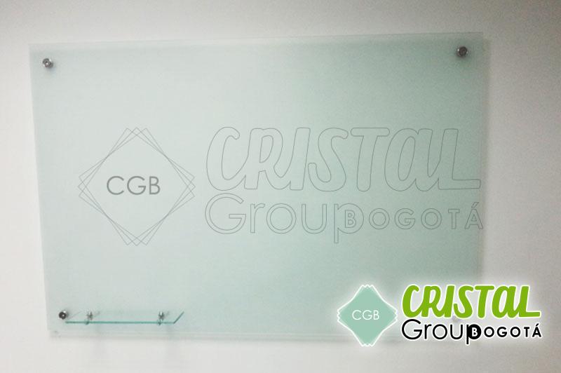 Tablero en vidrio con antireflejo 003 cristal group bogot - Tablero vidrio malm ...