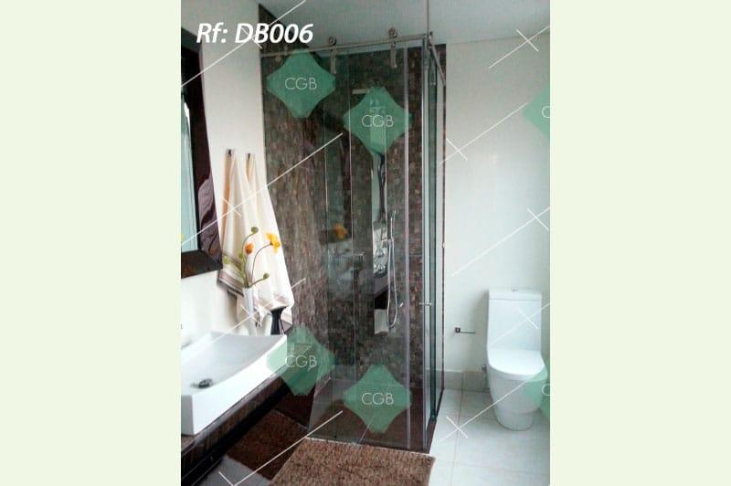 division-para-baño-en-vidrio-con-accesorios-en-acero-tipo-corredera2
