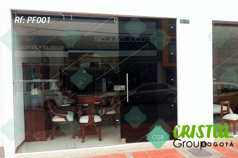 puerta-fachada-en-vidrio-templado-con-accesorios-en-acero10