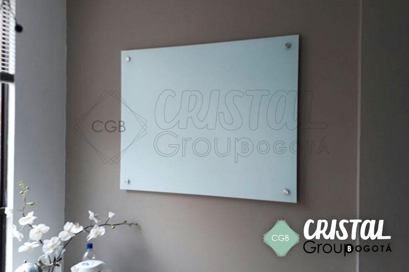 Tablero-en-vidrio-para-oficina-con-fondo-blanco8
