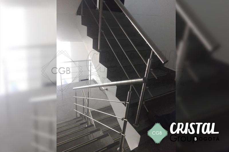 baranda-en-acero-para-escalera-interna3