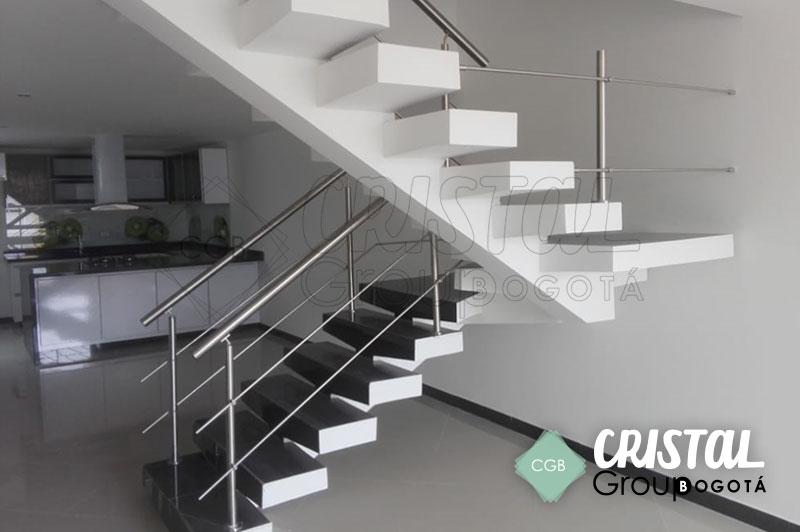 baranda-en-acero-para-escalera-interna4